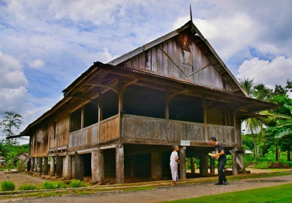 Gedung Batin : Wijatnikaika.id