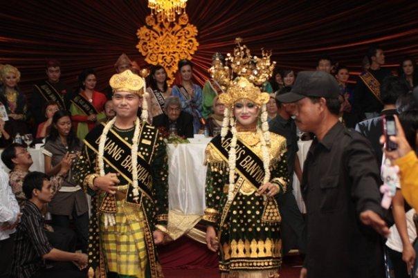 Baju Adat Kabupaten Banyuasin, Pakaian Adat Sumatera Selatan